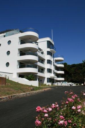 Naish Waddington Architects